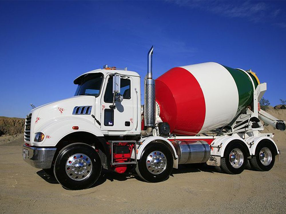 1589726739.concrete_truck_1.jpg